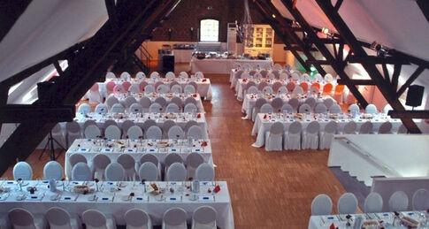 Beispiel: Raum Marono - Bankett, Foto: Kastanienhof.