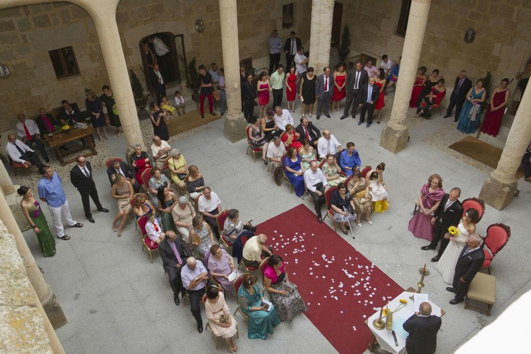 Ceremonia Civil en el Claustro
