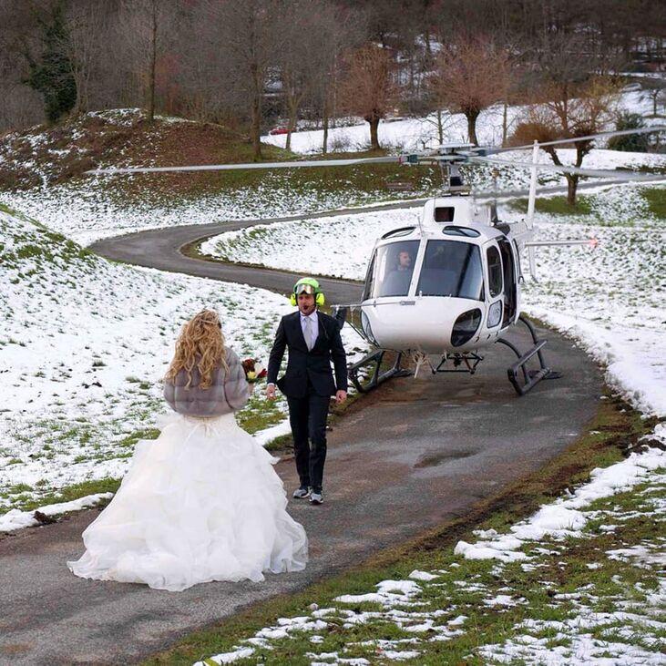 LOVE-Lake Weddings