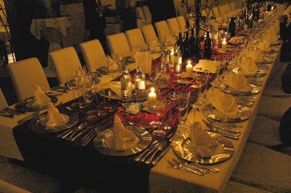 Beispiel: Festtafel, Foto: Schlossgasthof Rosenburg.