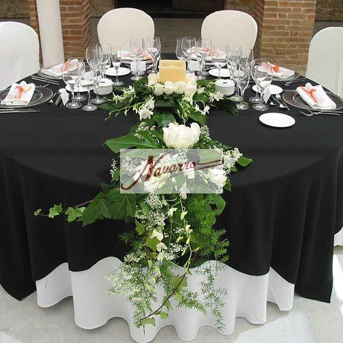 Decoración floral del salón de bodas