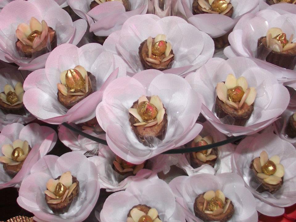 Entre Flores - Arte em Forminhas