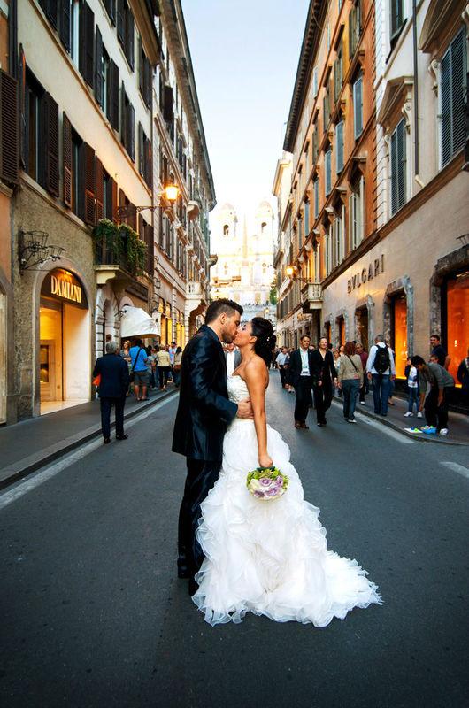 Via Condotti - Roma, ottobre 2012