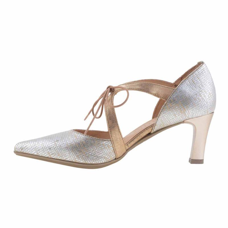 Zapatos trenzados HV74902 Hispanitas https://www.paulaalonso.es/zapatos-tacon-alto/8029-zapatos-trenzados-hv74902-de-hispanitas.html#