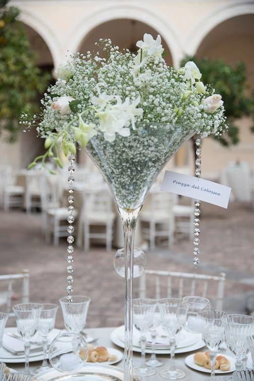 decorazione floreale in coppa martini