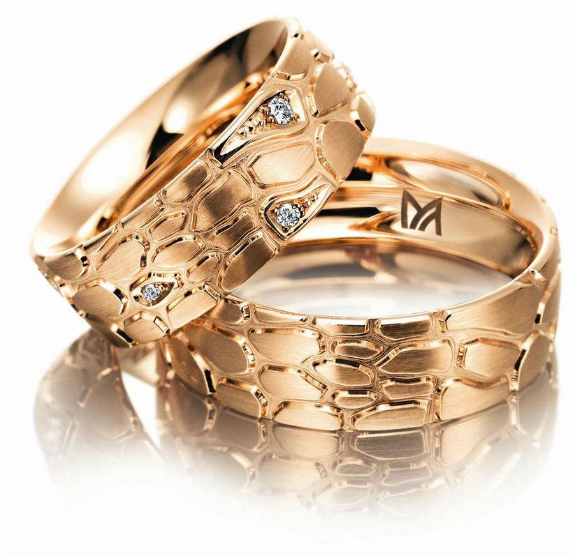 Beispiel: Verschiedene Materialien, Foto: Juwelier Dallinger.