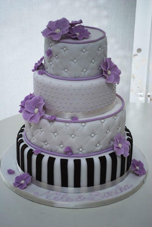Beispiel: Hochzeitstorte, Foto: Backwerkstatt Die Zuckerbäckerin.