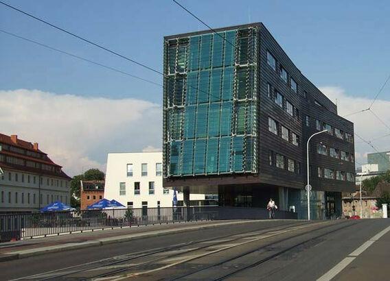 Beispiel: Außenansicht, Foto: Mat's Cafe und Bistro.