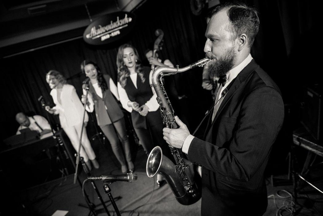 "Jazz Band ""Real Jam"""