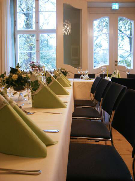 Beispiel: Festtafel, Foto: Schloss Grube.
