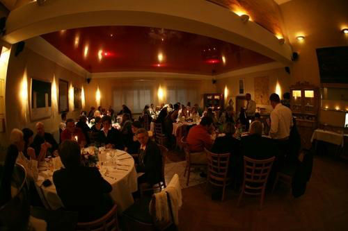 Beispiel: Feiern im Saal, Foto: Linde Restaurant.