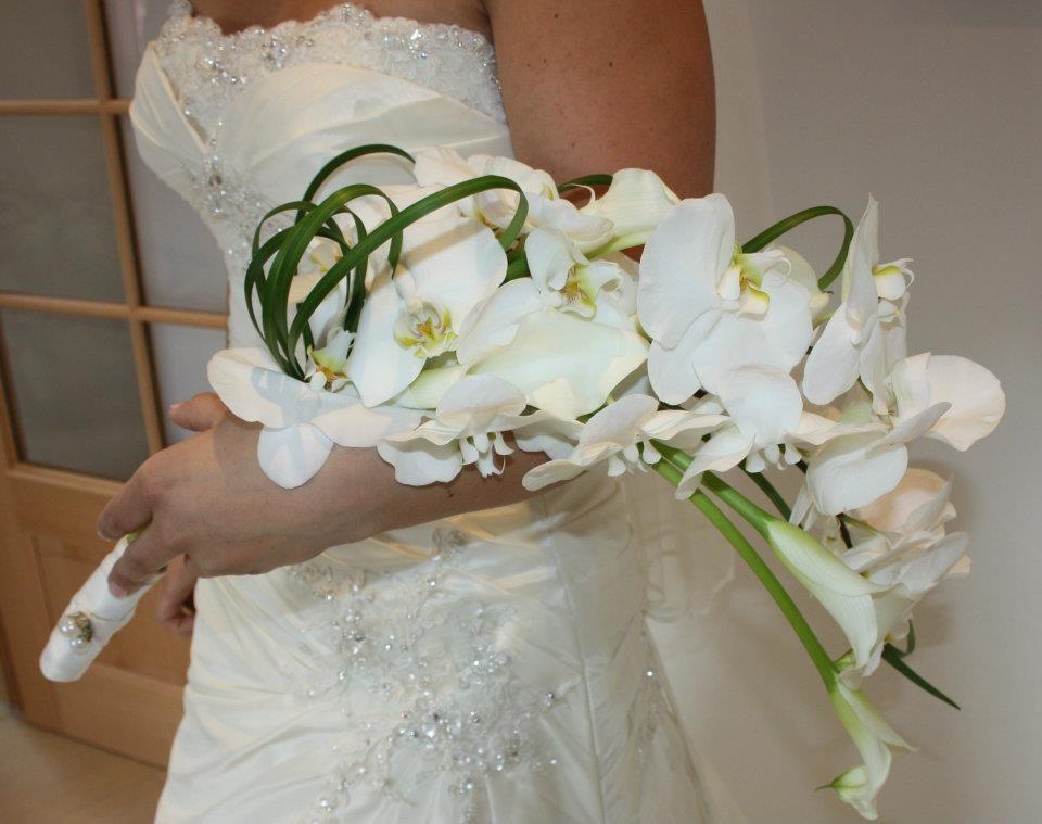 Ein Armstrauß aus Orchideen und Calla...für den ganz großen Auftritt.