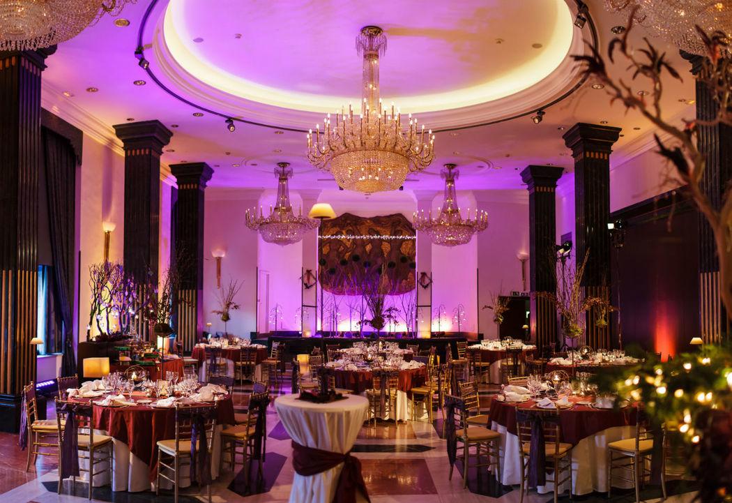 Salón Albéniz con montaje de boda.