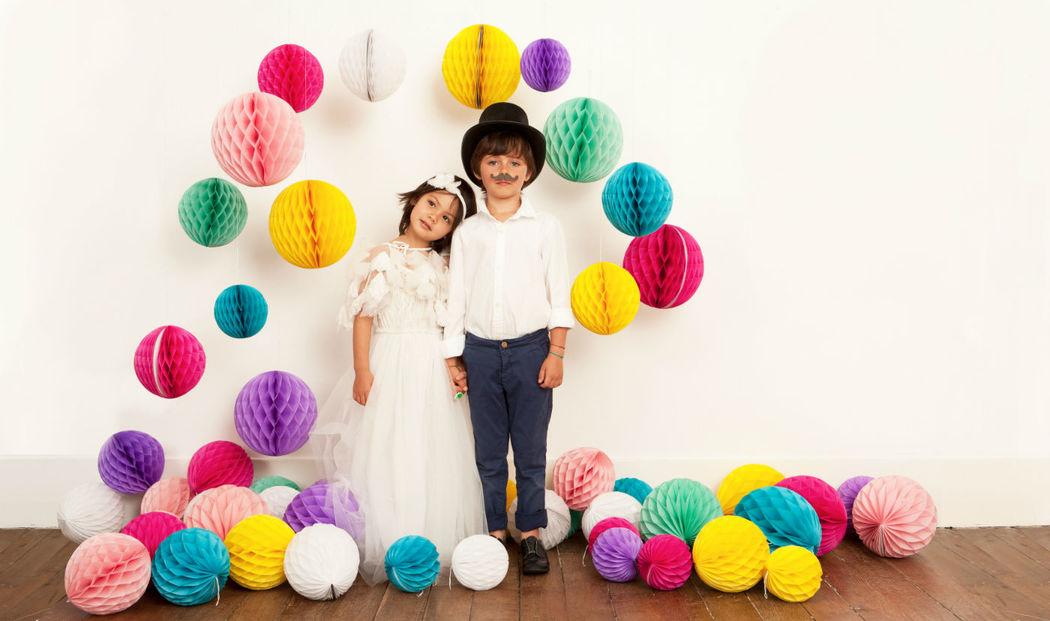 Bodas nido de abeja, Pom Pom y mucho color para las bodas más modernas.