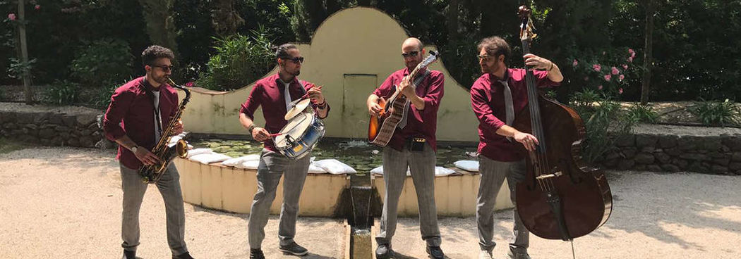Mumbles swing band