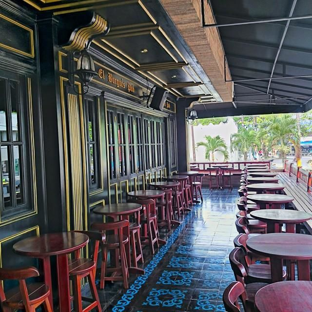 El Burgues Pub