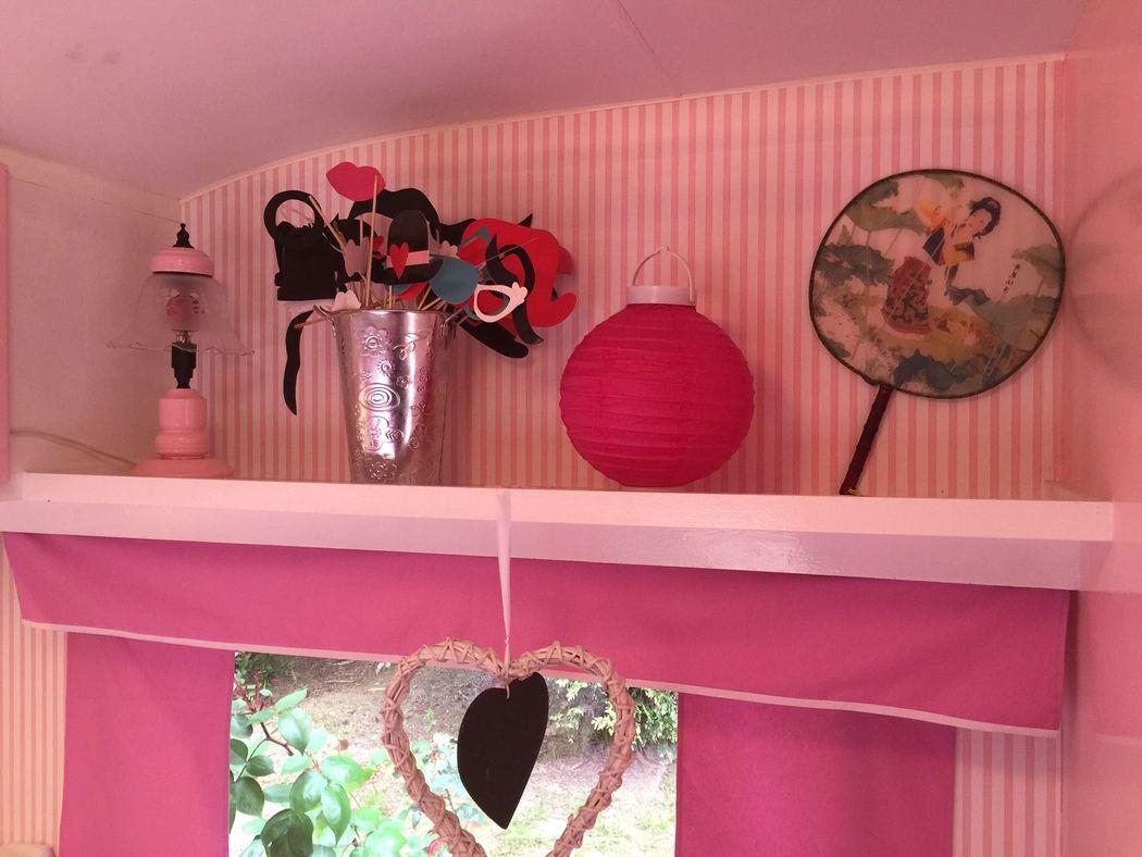 Decoración Japo RetroCaravan El Botón Rosa