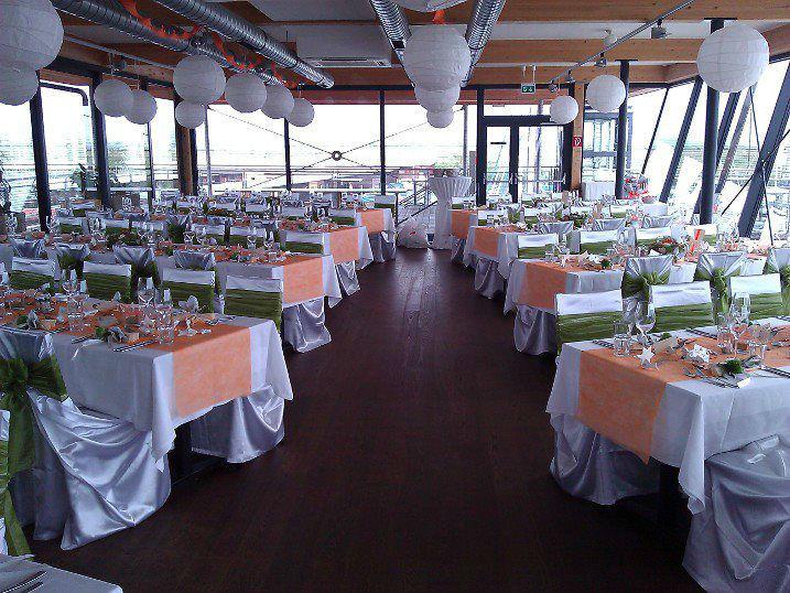 Beispiel: Hochzeitsgedecke, Foto: Yildiz Dekor.
