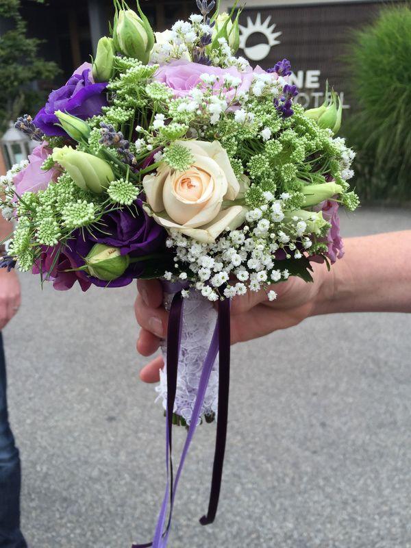Brautstrauss: lila/rose