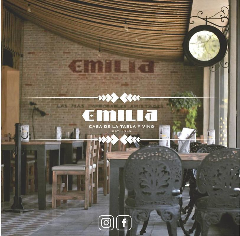 Emilia Rest GDL