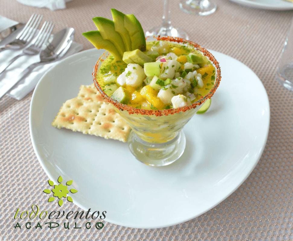 Ceviche Peruano. Deliciosa fruta de temporada: Mango!