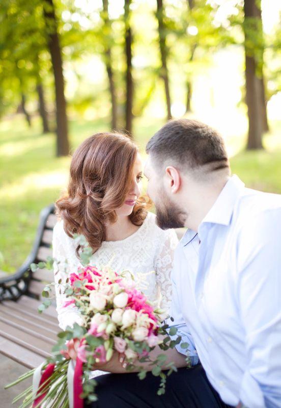 Under the warm sunset: свадьба Ильи и Полины  Фото/букет: Мария Лебедева MUAH: Елизавета Святец