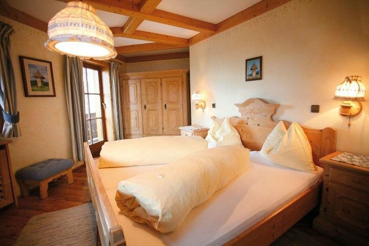 Beispiel: Zimmer, Foto: Gipfelhaus Magdalensberg.