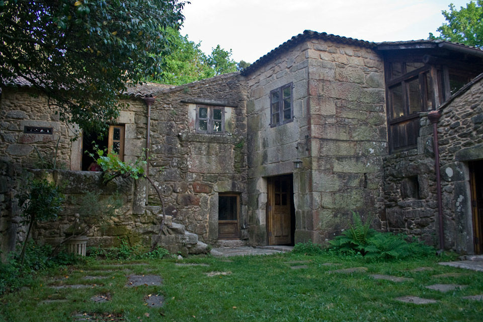 Abadía O Pelouro Axeito