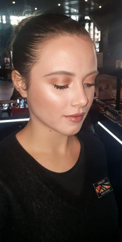 Laura Teixeira Make Up