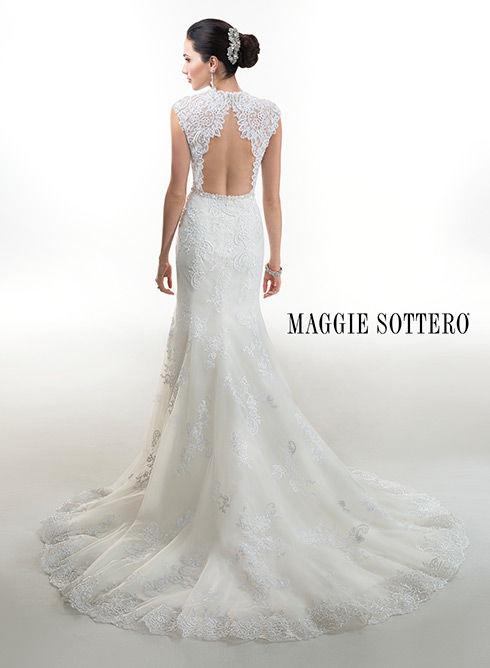 Marca: Maggie Sottero. Modelo: Kiana - espalda.