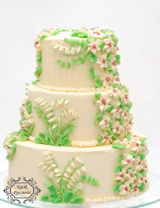 Lekki tort z waniliowym biszkoptem oraz kremem śmietanowym z dodatkiem serka mascarpon o niespotykanym smaku soczystej limonki. Dolna warstwa każdego piętra przełożona jest frużeliną kiwi.   Zdecydowanie jest to tort orzeźwiający o ciekawym, niepowtarzalnym smaku.