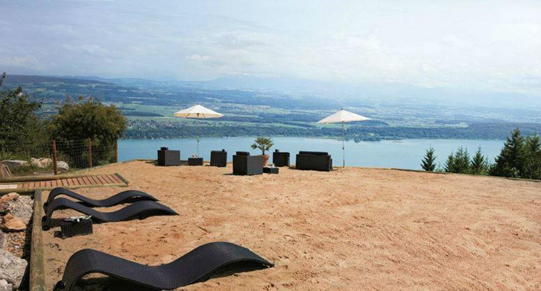 Beispiel: Traumhafter Ausblick, Foto: Hotel Twannberg.