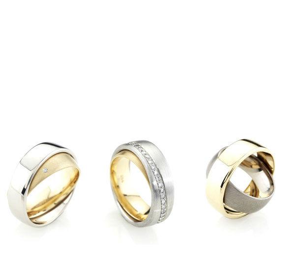 Beispiel: Trauringe - Gold/Silber, Foto: Karin Bauer.