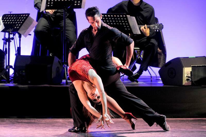 Fiebre Latina - La Gran Hora Loca