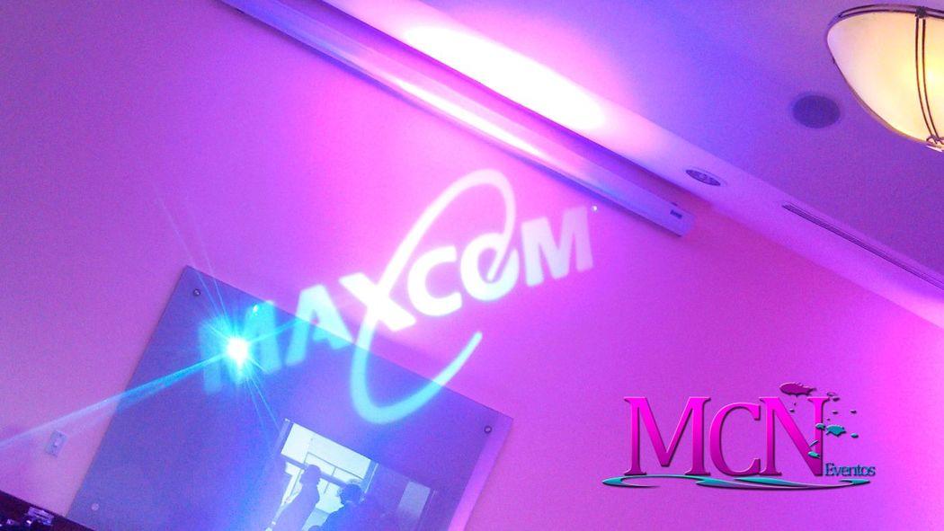 Iluminación y proyección de logotipos