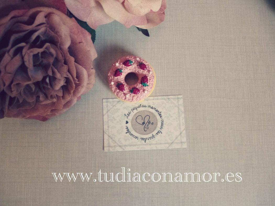 Cacao para boda con forma de pastelitos