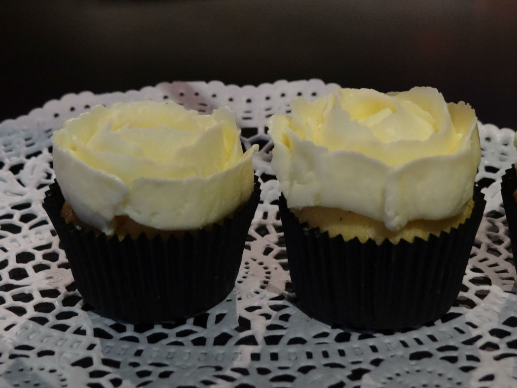 Cupcakes Black and White