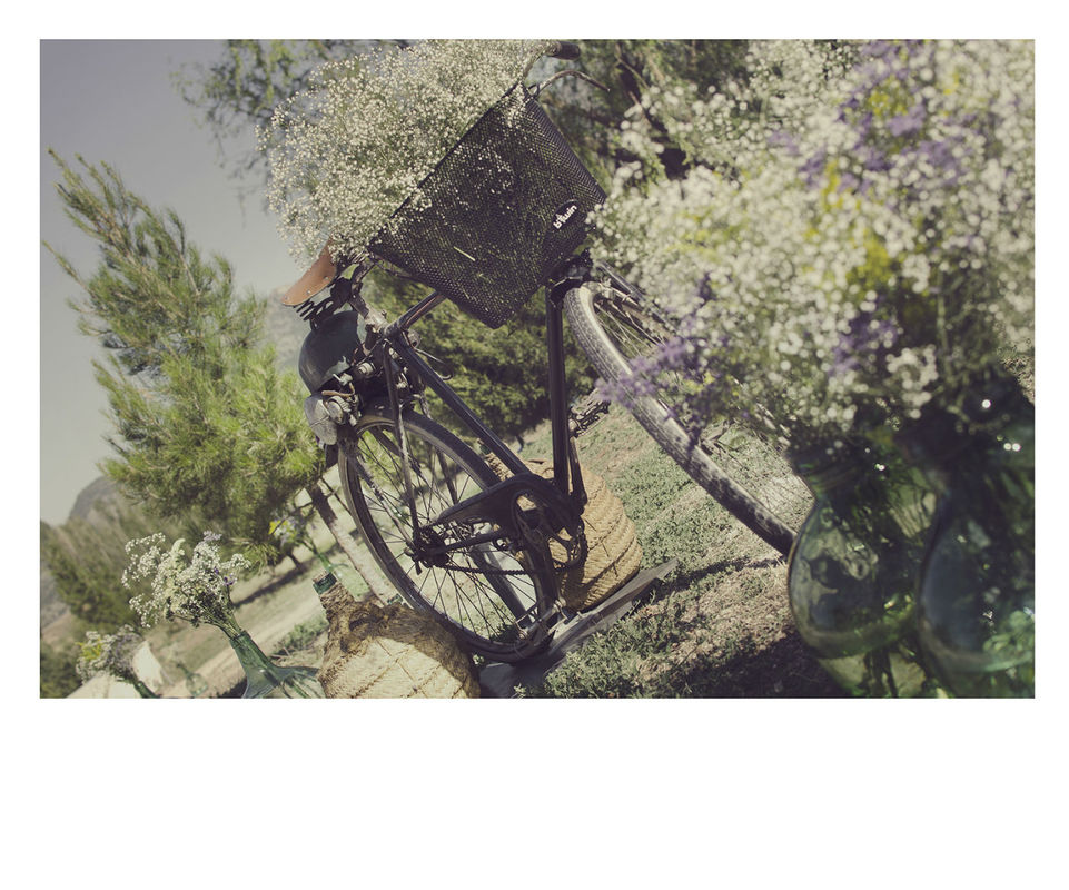 Bodegón, detalle de muchos detalles de una boda en el campo.