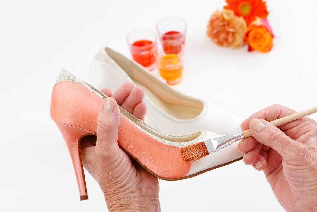Foto: Der Brautschuhladen. Färbeservice