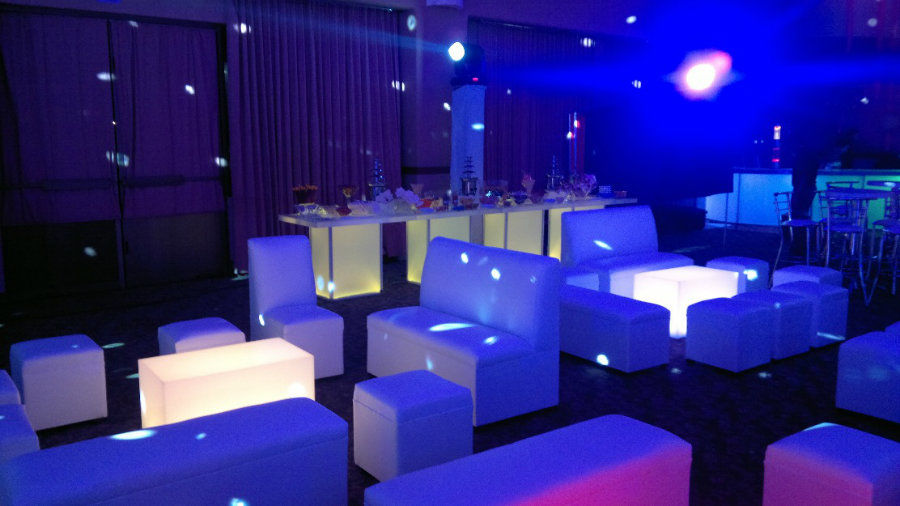 Lounge Rent