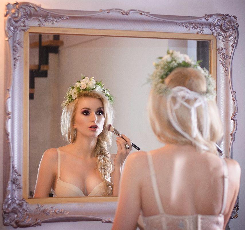 Aleksandra Kowalska - makeup artist & stylist