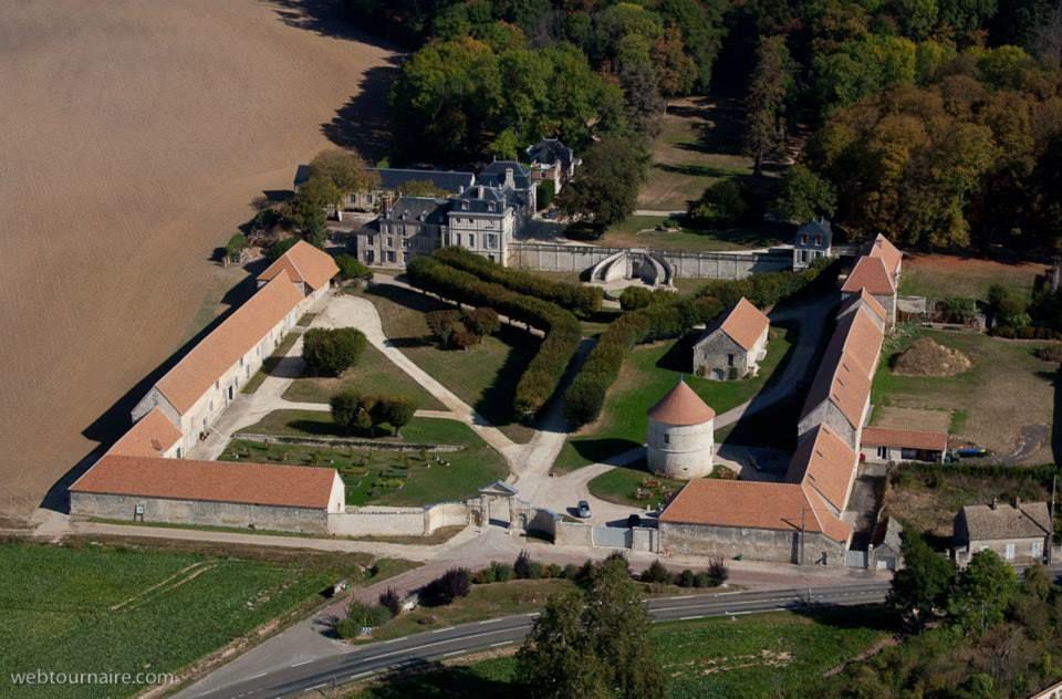 Château de Serans : vue aérienne