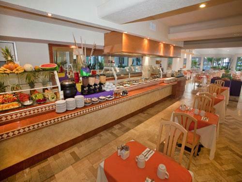 Aquamarina Beach Hotel - Cancun
