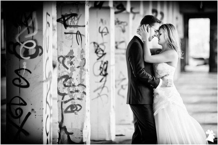 Beispiel: Romantische Fotos von Ihrer Hochzeit, Foto: Alexander Hahn Emotional Photography.