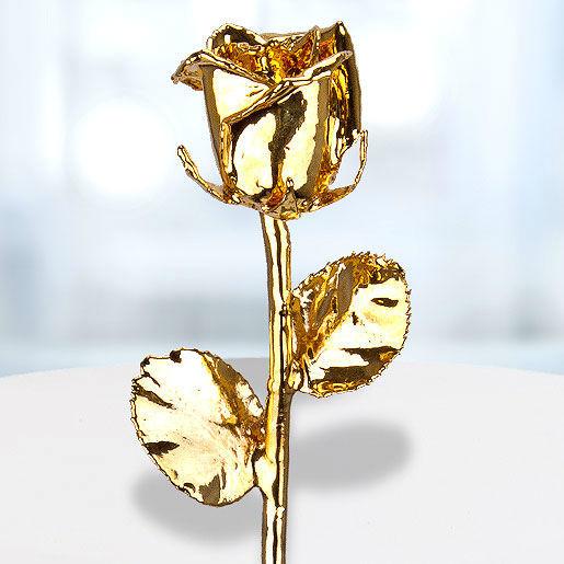 Beispiel: Personalisierte vergoldete Rose (24 Karat), Foto: Valentins.de Blumen & Geschenke.