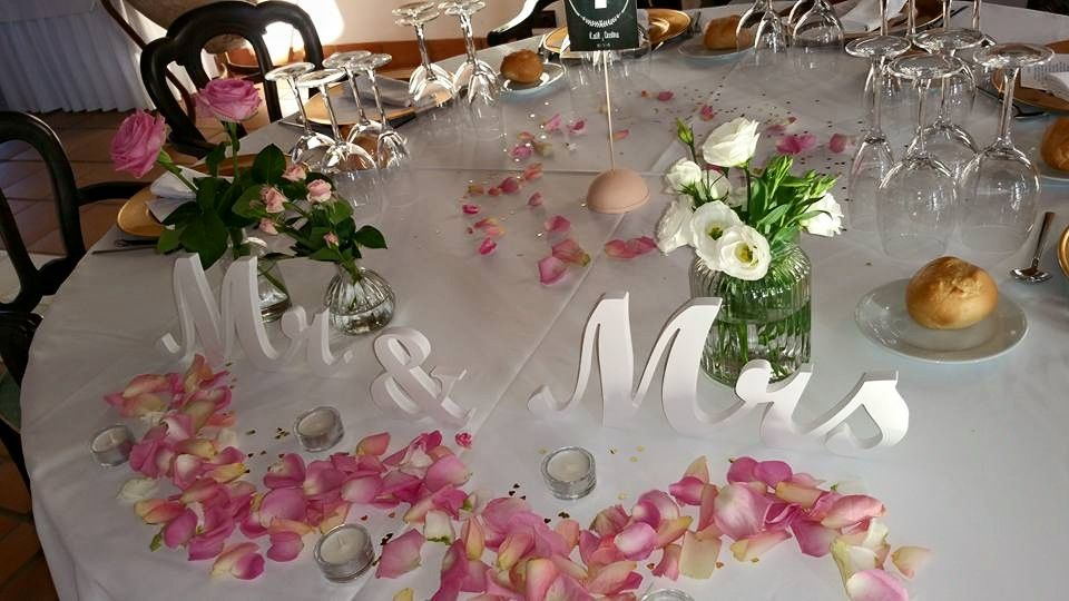 Mesa novios decorada