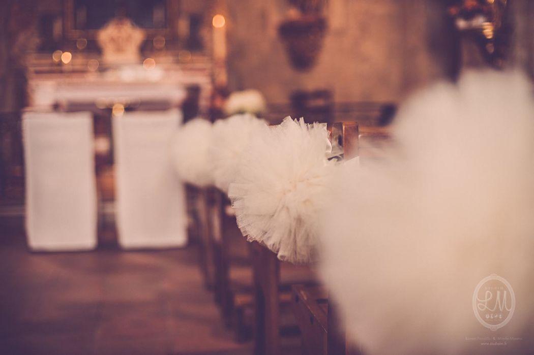 Décoration de l'Eglise en mode pompons Photo Studio Lm Laurent Picollilo