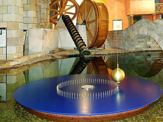 Beispiel: Turm mit Geschichte, Foto: Jahrtausendturm.