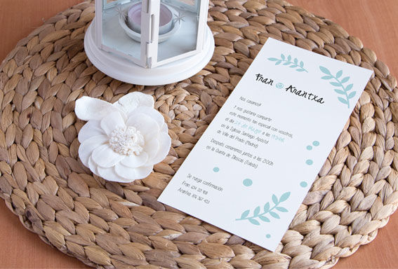 Invitación detalles hojas