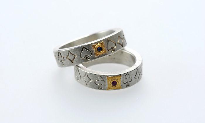 Beispiel: Ringe in Silber mit Goldeinsatz, Foto: Eve & Me.